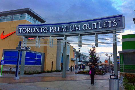 c5ce1c04cc0 Toronto Premium Outlets Open