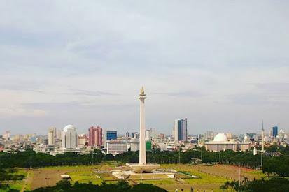 Cuaca Jakarta Hari Ini Cerah Berawan, Tapi Malam Hari Diprediksi Diguyur Hujan