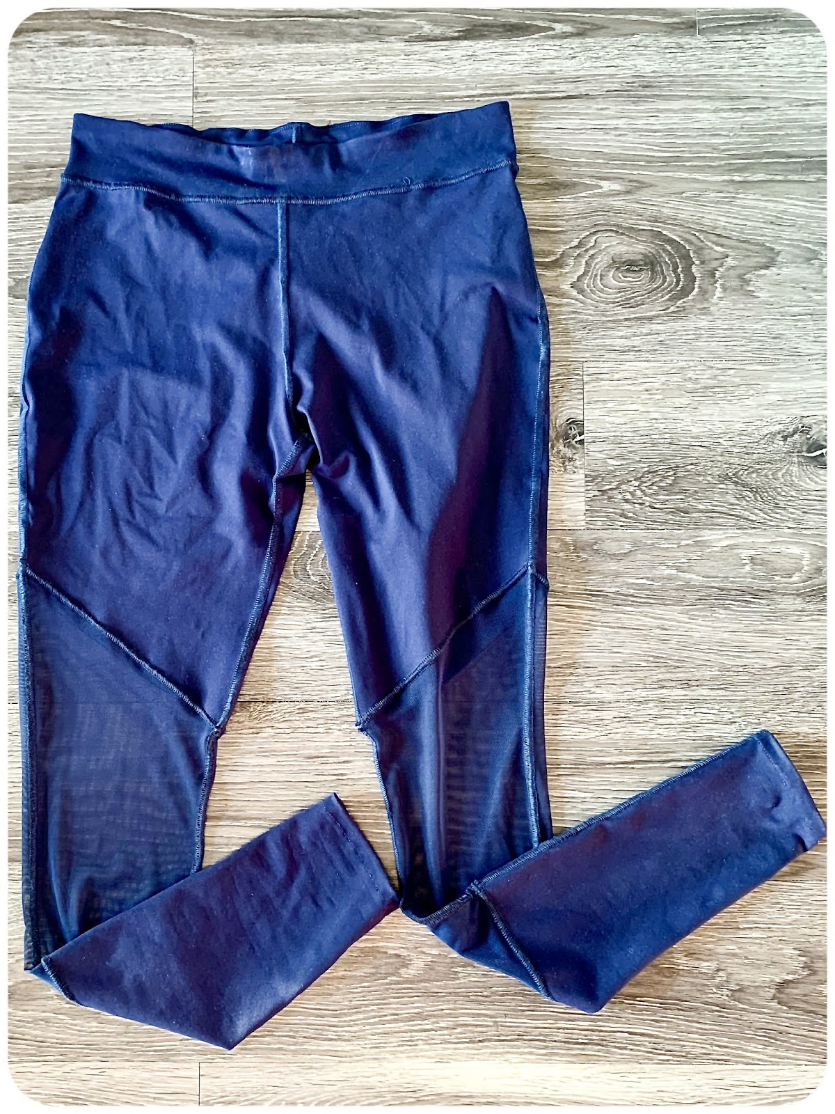 Making Activewear with the Baby Lock Victory Serger: Pants: McCall's 6404 - Erica Bunker DIY Style!