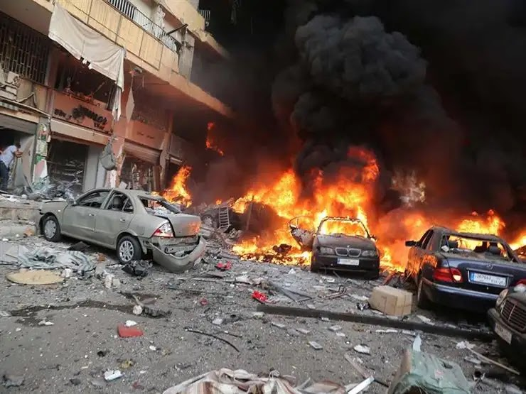 The moment of the second suicide bombing in central Baghdad