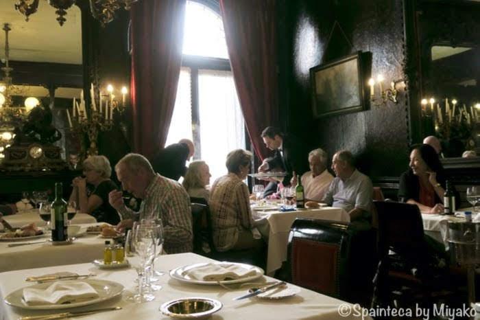 Lhardy マドリードの老舗レストランの19世紀の雰囲気あふれるラルディの店内