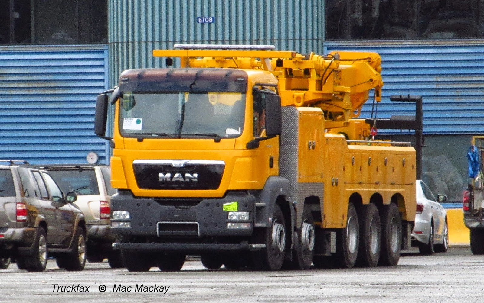 Tow Truck Ottawa >> Truckfax: Metro Tow Trucks goes BIG