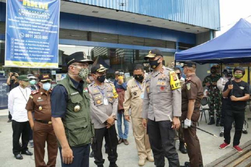 Kapolda Jabar Cek Pelaksanaan PSBB di Wilayah Bandung Raya