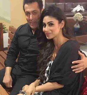Mouni Roy With Salman Khan
