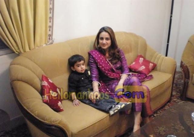 Nusrat Haris Wiki, Age, Family, Husband, Children, Wedding, Biography