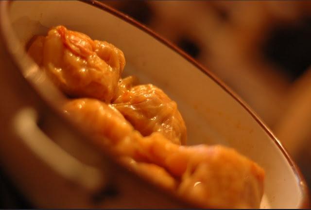 dolma, sarma, des roulés, wrap au choix farcis à la viande et au riz ou boulgour