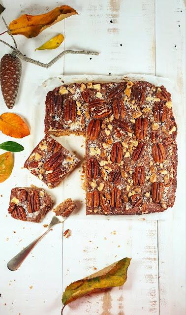 Tarte aux noix de pécan et son caramel de dattes