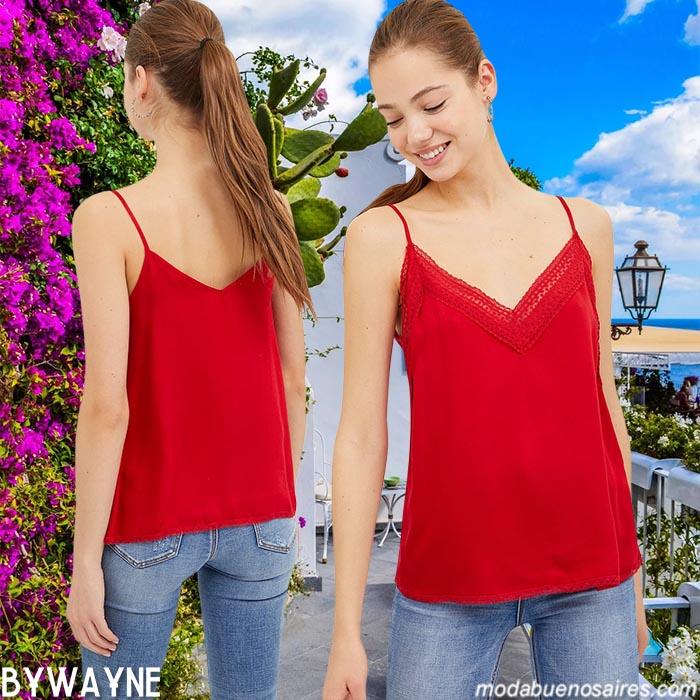 remeras y blusas con tiritas moda verano 2021