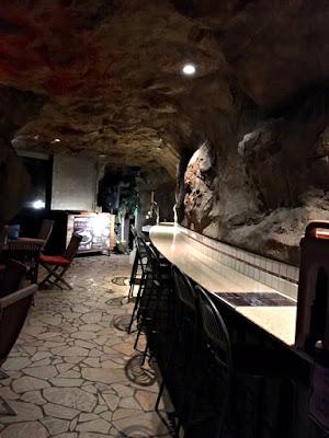 江ノ島アイランドスパ洞窟カフェ「ムーンライトカフェ」