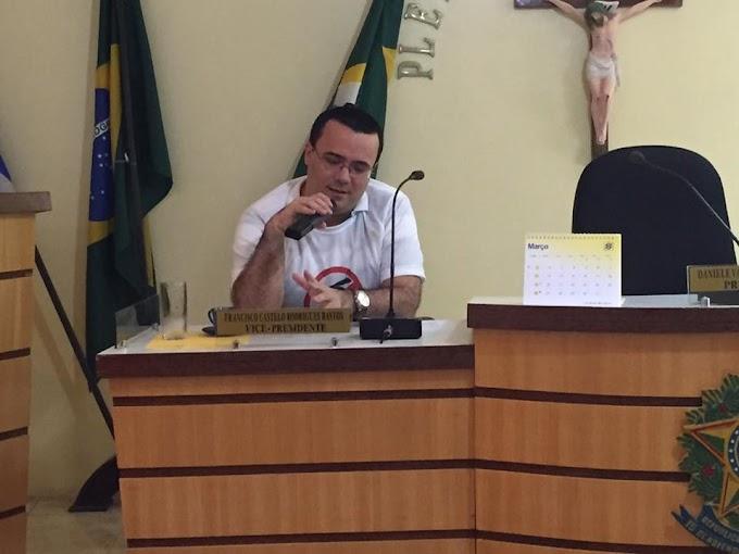 Com popularidade alta, enfermeiro Padua Pontes oficializa sua pré-candidatura ao legislativo de Senador Sá.