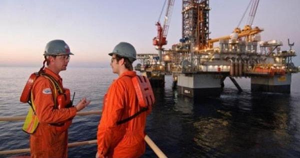 DeepOil Contrata Auxiliar Comercial Offshore no Rio de Janeiro