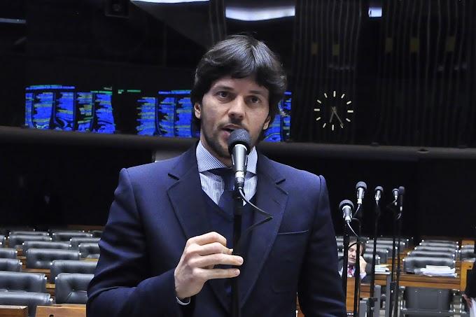 Posse do novo ministro das comunicações Fábio Faria será hoje com a presença de Bolsonaro