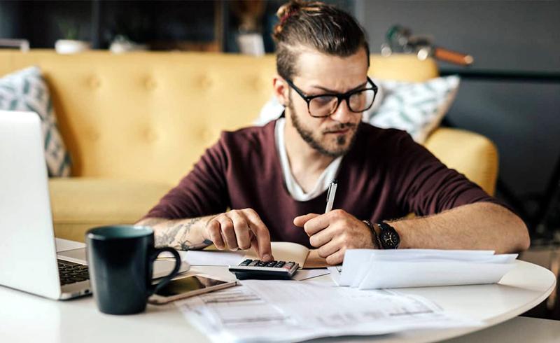 6 Ways Millennials Manage Money Better