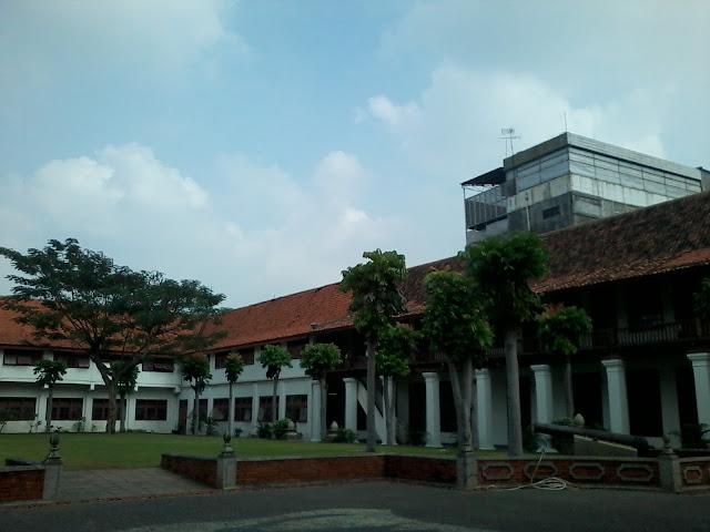 gedung arsip nasional