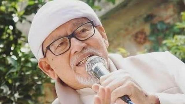Innalillahi, KH Bashori Alwi Meninggal Dunia