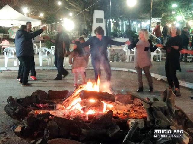 Ξεφάντωσαν σε αποκριάτικο πάρτι μασκέ στο Κεφαλάρι Άργους