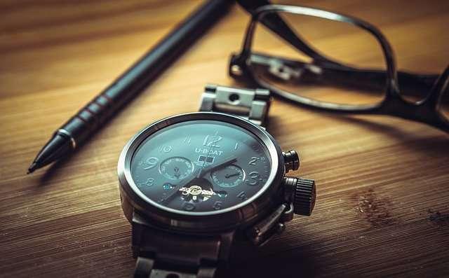 كيف تعرف الساعات الأصلية من التقليد؟