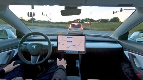 Tesla's fully autonomous driving technology can prevent traffic accidents