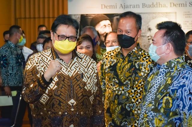 Indonesia Kembali Kirim 2.000 Tabung Gas Oksigen ke India