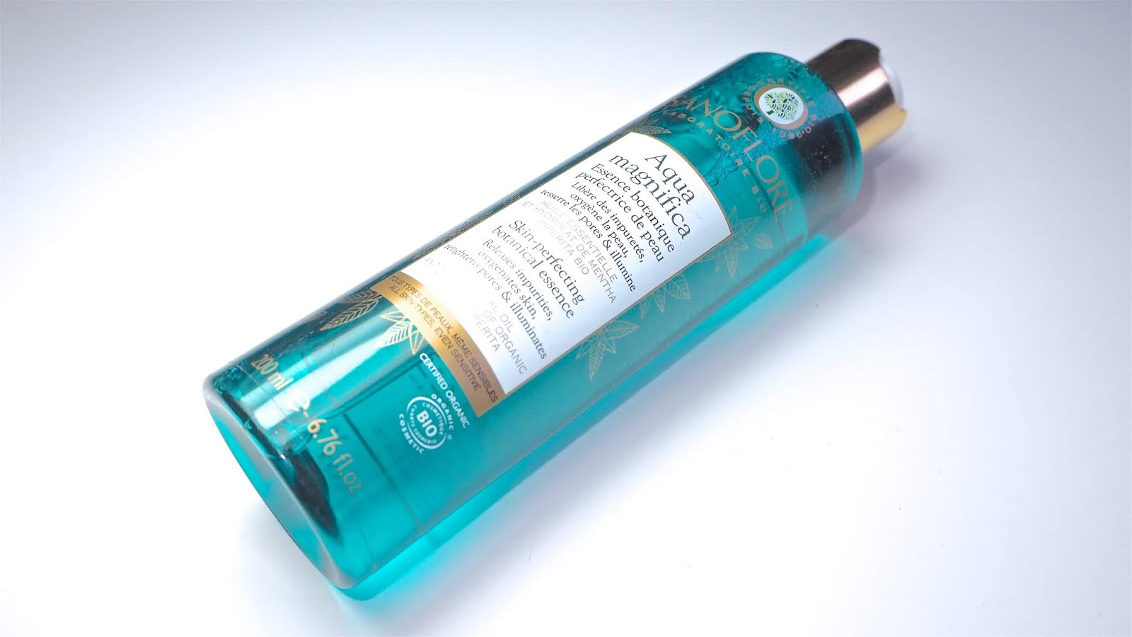 Aqua Magnifica Peppermint Skin-Perfecting Purifying Toner