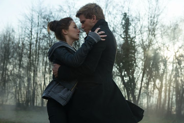 'Fallen' (2017) - Paranormal Romance Adapts Lauren Kate's Popular YA Novel. A review of the adaptation. All text © Rissi JC