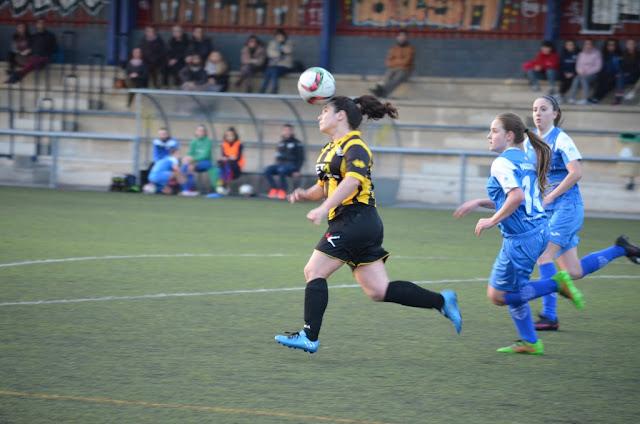 Fútbol | El Pauldarrak B se lleva el derbi de la Liga Vasca femenina ante en Barakaldo CF
