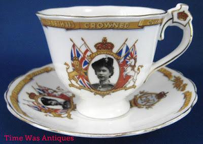 https://timewasantiques.net/products/queen-elizabeth-ii-silver-jubilee-crown-1977-silver-souvenir-coin