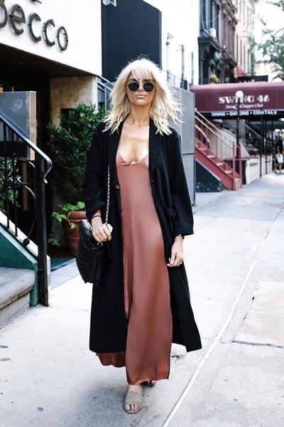 17 Fall Outfit Inspo That Will Make You Love This Season | Naomi Maxi Dress