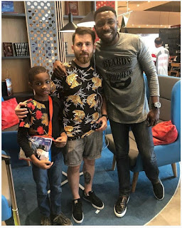 Timi Dakolo Meets With Lionel Messi Lookalike In Russia (Photo)