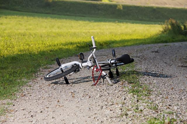 Ruda Śląska: 45- latek napadł na 7- latka. Przewrócił jadącego na rowerze chłopca i zabrał jego bmx-a
