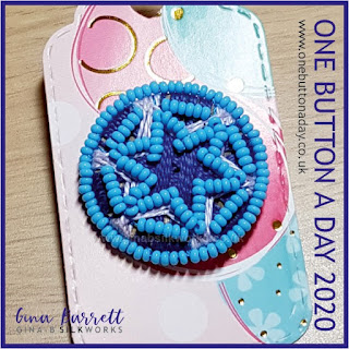 Day 251 : Starred - One Button a Day 2020 by Gina Barrett