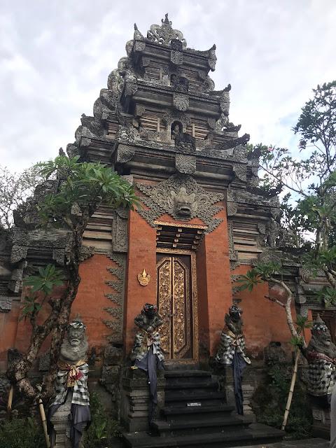 sarawasti tempio bali
