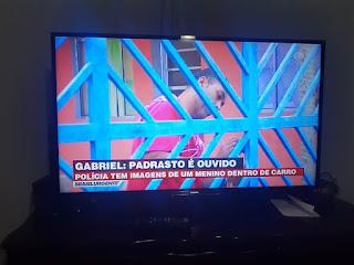 Uma nova pista do Caso do Gabriel - um vídeo com o padrasto e um menino no banco de trás do carro dele