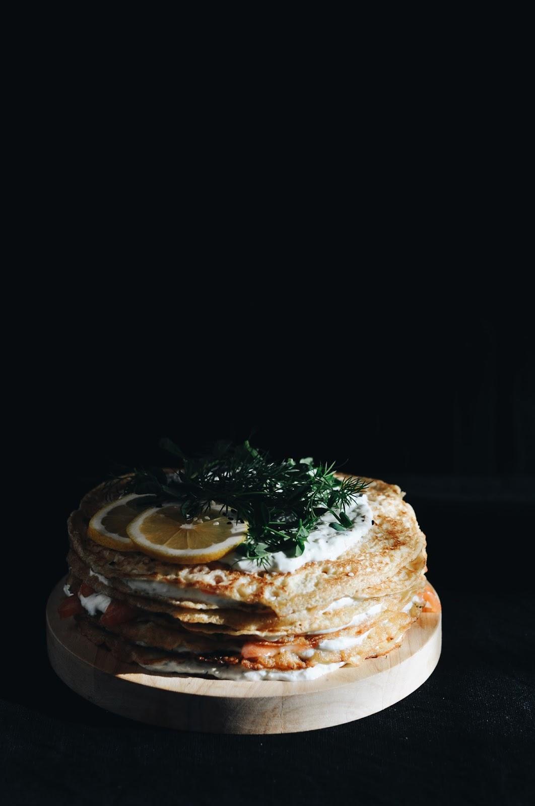 Sāļā pankūku kūka ar lasi - Savory crepe cake with salmon