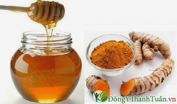 Chữa đau dạ dày bằng  bột nghệ vàng và mật ong