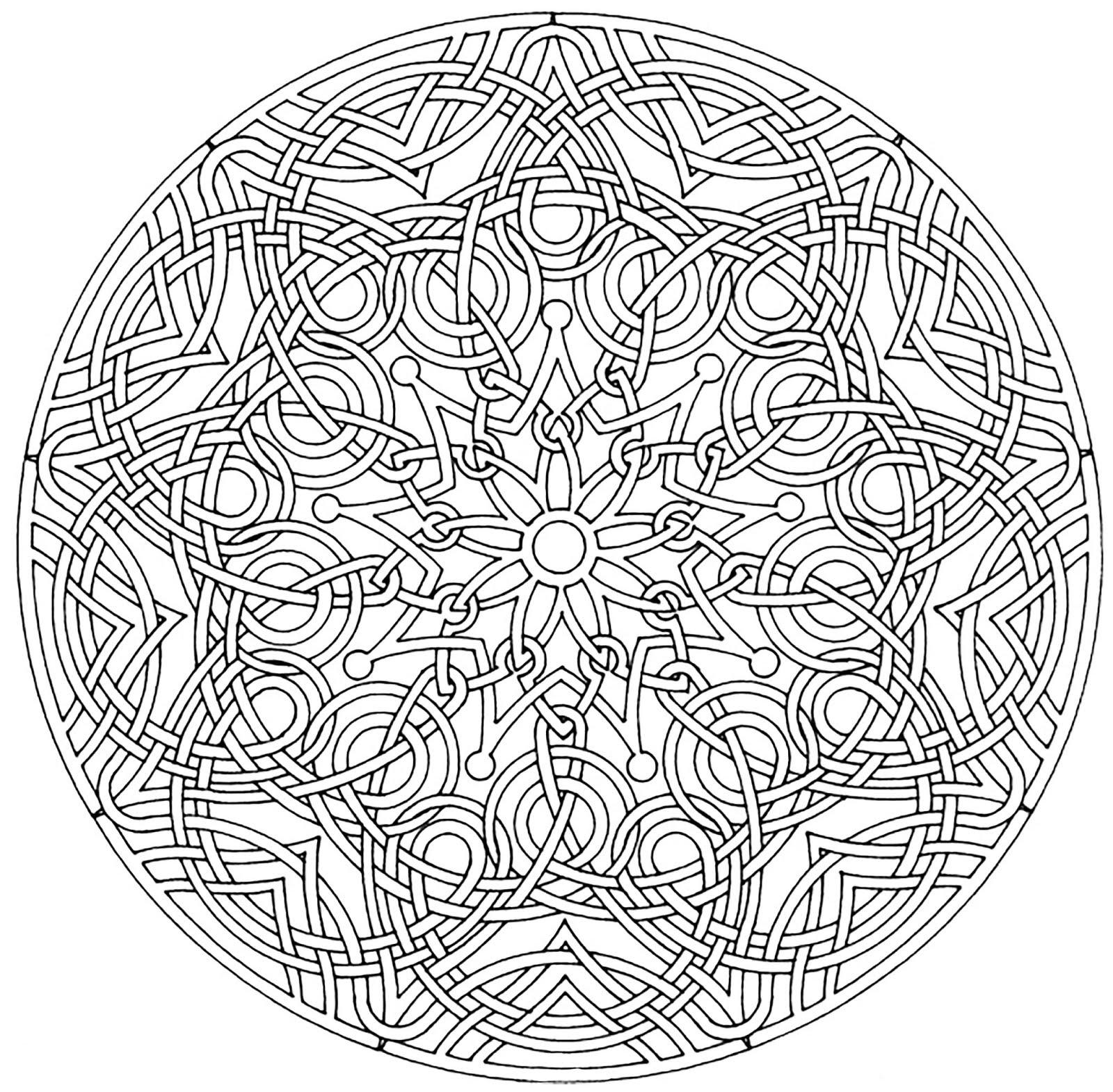 Saya pribadi sih belum nyobain mewarnai pola mandala ini Selama ini saya lebih tertarik ke objek objek yang dekat di kehidupan sehari hari seperti