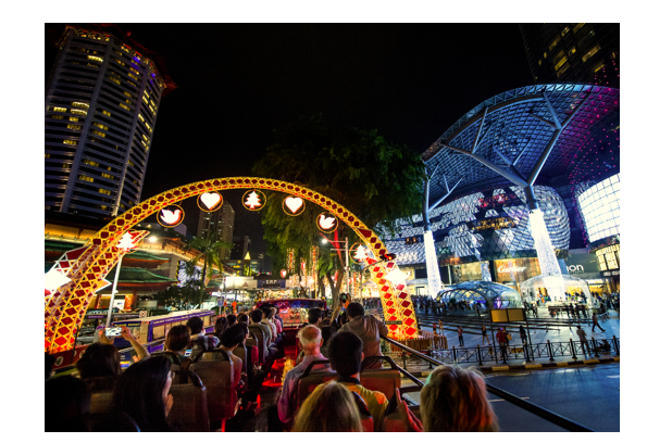 During the Christmas season, Orchard Road is at its most enchanting, transformed into a sparkling fairyland when night falls.