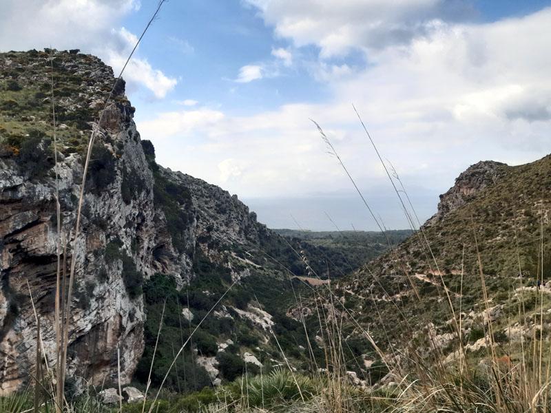 Sentiero per arrivare all'eremo di Betlém a Maiorca