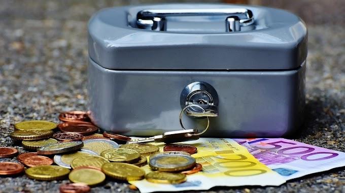Két év börtönre ítéltek sikkasztásért egy volt valutapénztárost Pécsen