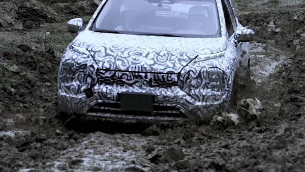 Novo Mitsubishi Outlander 2022: imagens camufladas reveladas