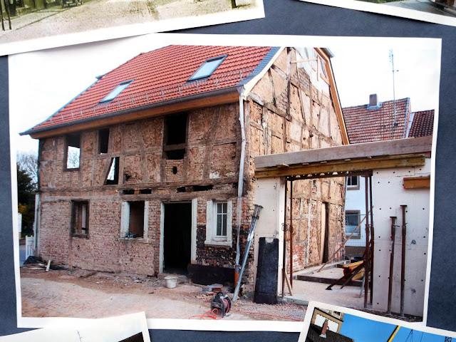 Vor dem Umbau: Aus einem uralten Fachwerkhaus wird die Vinothek des Weingutes Closheim in Langenlonsheim an der Nahe.