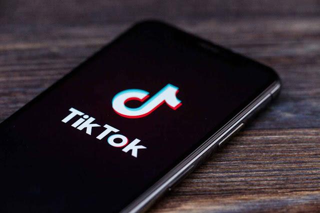 البحرية الأمريكية تحظر تطبيق تيك توك TikTok