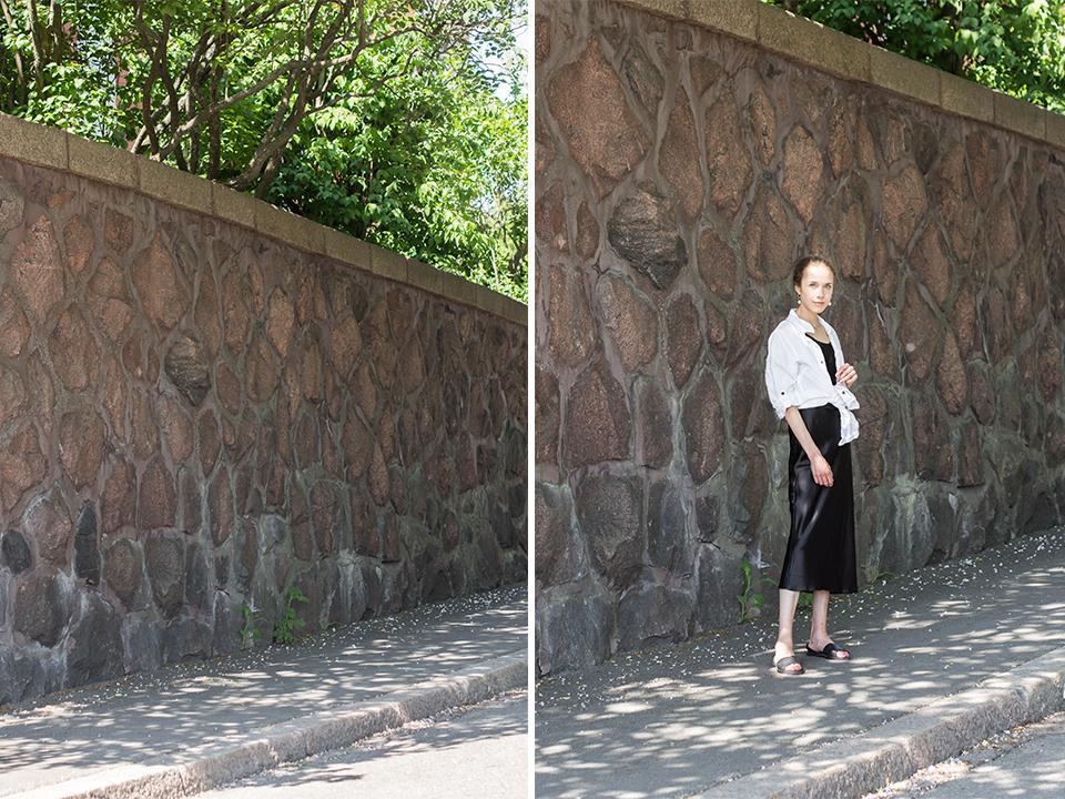 Summer outfit with black slip dress and white linen shirt - Keäasu, musta silkkimekko ja valkoinen pellavapaita