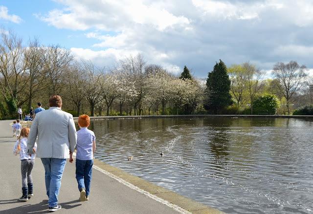 Exhibition Park Newcastle | Wylam Brewery Sunday Lunch - lake walk