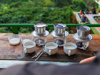 membuat-kopi-vietnam.jpg