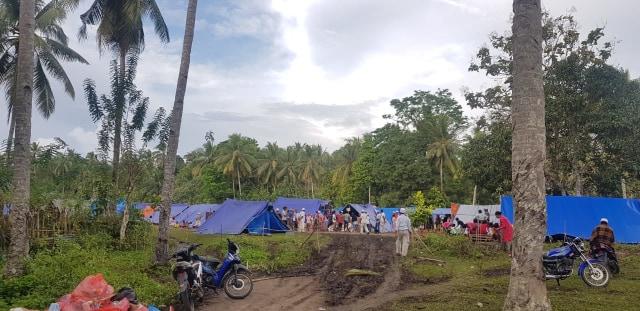 Kisah Sedih Pengungsi Gempa Maluku: 1 Tenda Isi 5 KK hanya Dapat 1 Kg Beras dan 2 Mi Instan