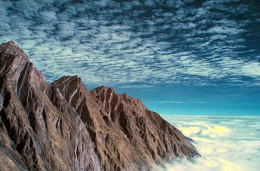 Puncak Jayawijaya – Papua