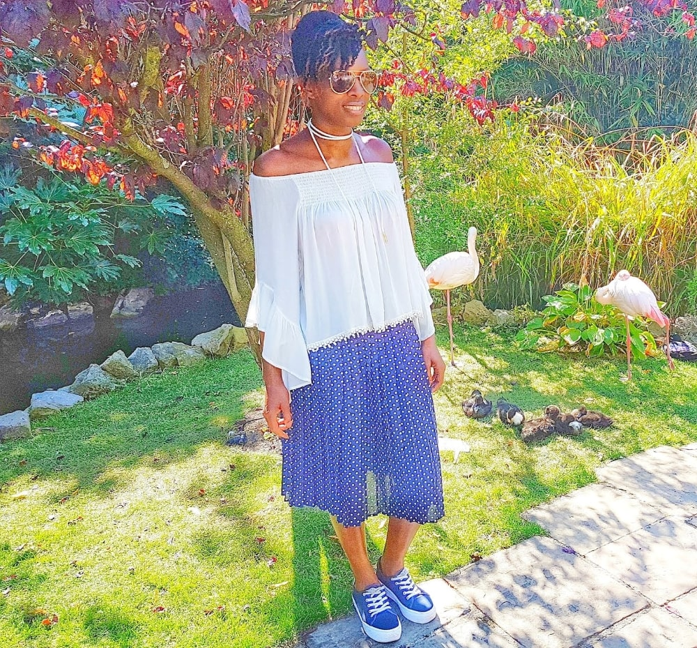 pleated_skirt_outfit
