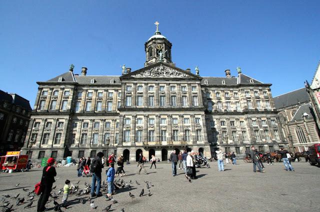 Palácio Real de Amsterdã na Holanda