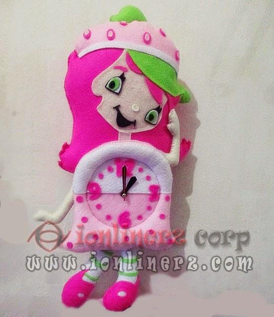 Jam Dinding Flanel Karakter Kartun Boneka Strawberry Shortcake